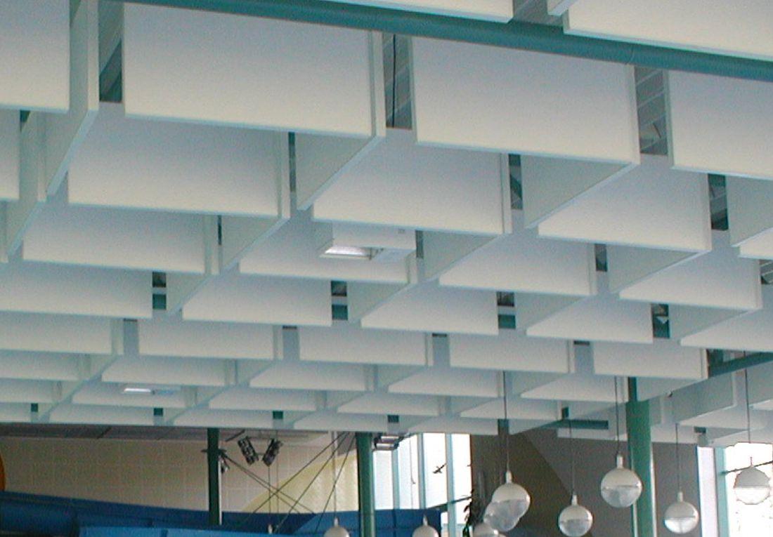 Akustikbaffeln für grosse Räume