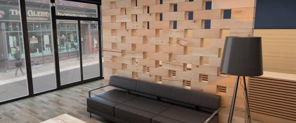 Holzwand-Lounge-009_