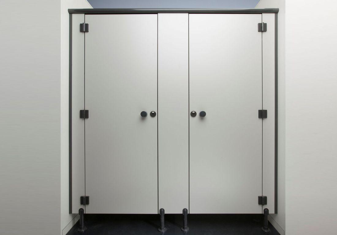 Wc Trennwand Selber Bauen : wc trennwand in vollkernausf hrung preiswerte l sung ~ A.2002-acura-tl-radio.info Haus und Dekorationen